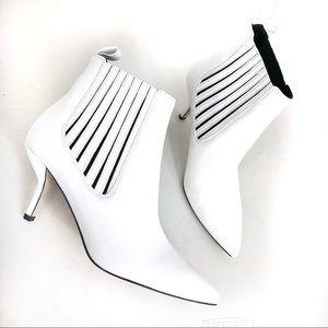 Diane Von Furstenberge  white bootie shoes Sz 6.5